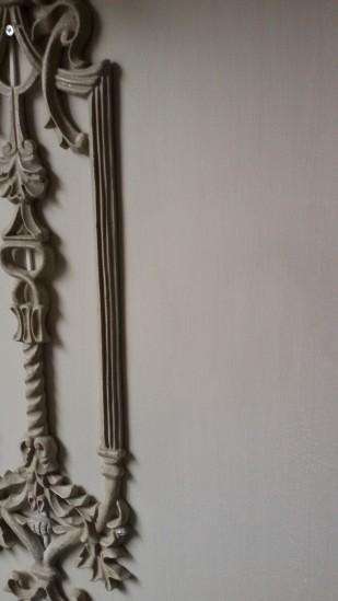 Voor een rustig effect is het rekje mee geverfd in de kleur Palladio van Carte Colori