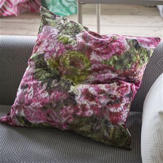 FORSYTH MAGENTA CUSHION2